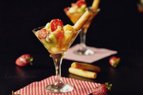 Salata de fructe – rețetă simplă dar delicioasă, desertul cel mai ușor de preparat