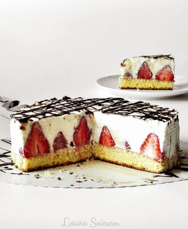 Cheesecake cu mascarpone și căpșuni