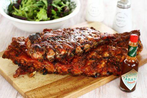 Coaste de porc la grătar cu marinadă picantă