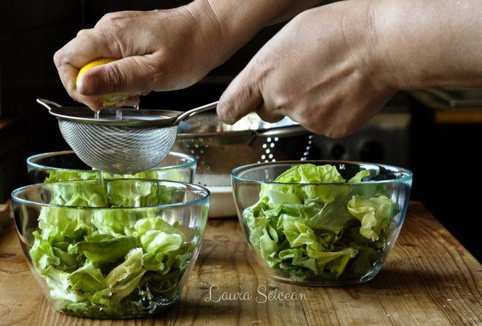 Preparare Salată verde în trei variante de dressing 7