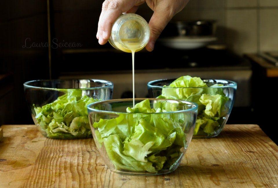 salata verde cu dressing de miere cu mustar