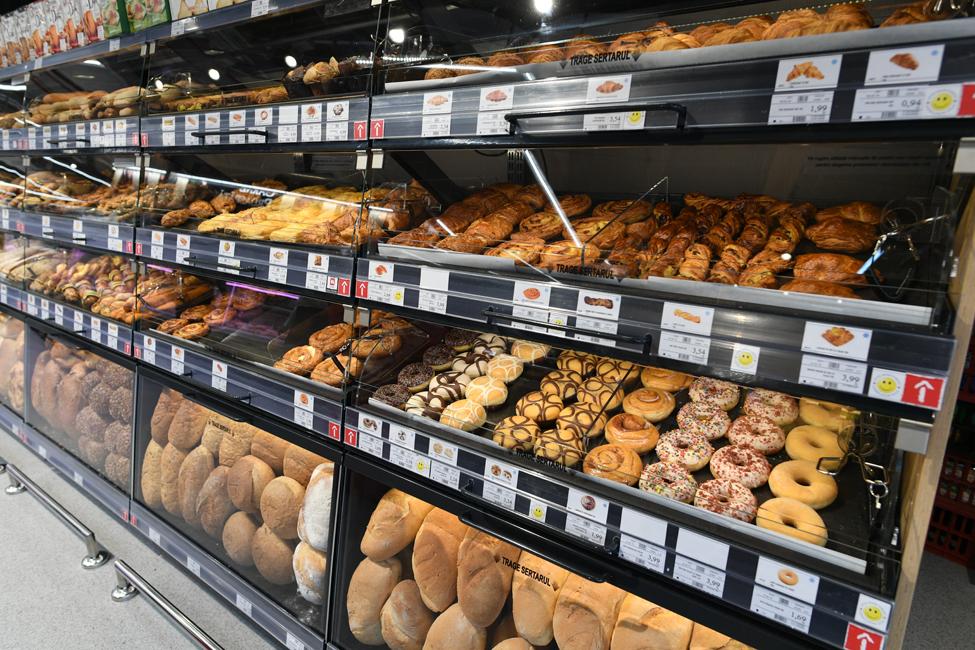raion pâine mega image timisoara
