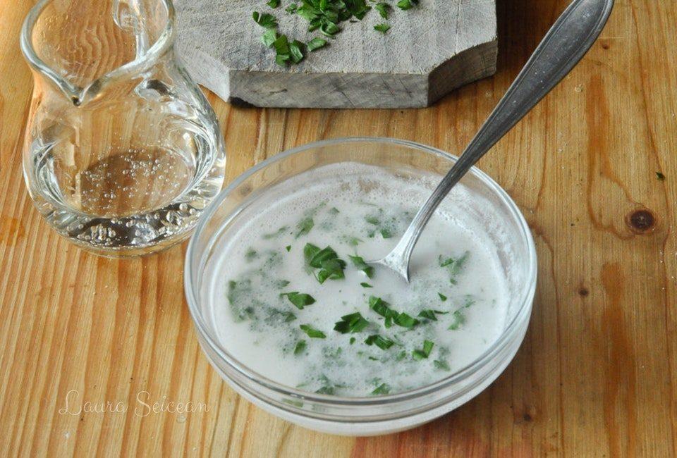 Preparare Mujdei de usturoi preparat în 5 variante diferite 12