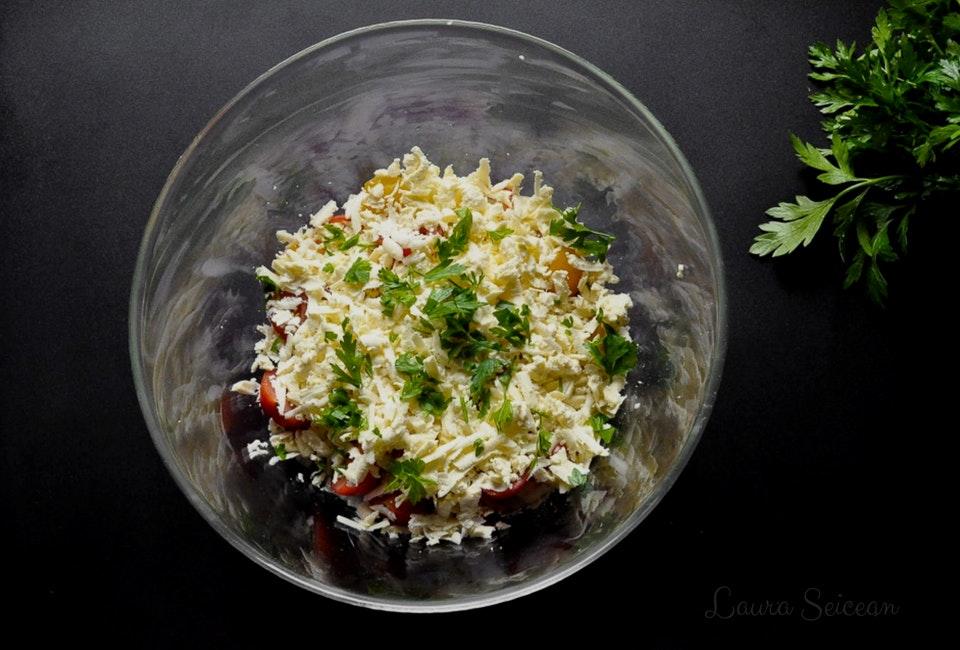 salata bulgareasca sopska salara