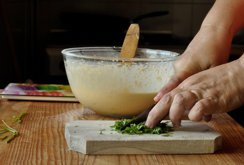 Preparare Brioșe aperitiv cu dovlecei 11