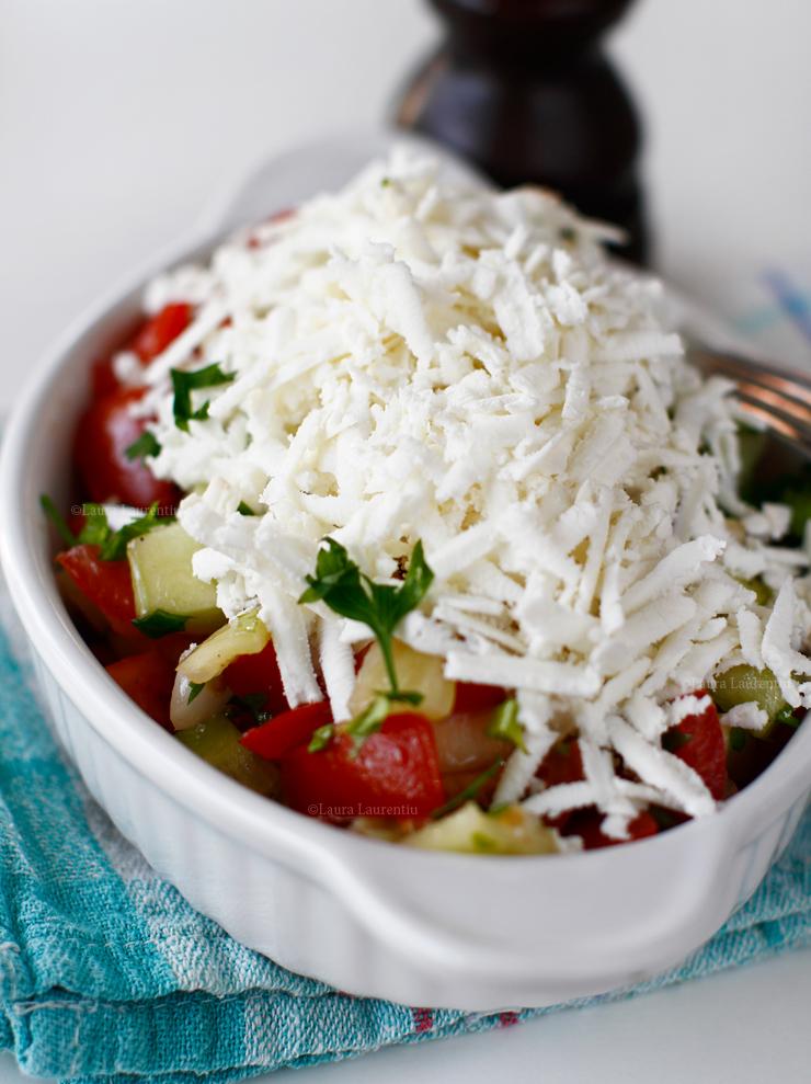 salata bulgareasca reteta pas cu pas salata sopska reteta cum se face