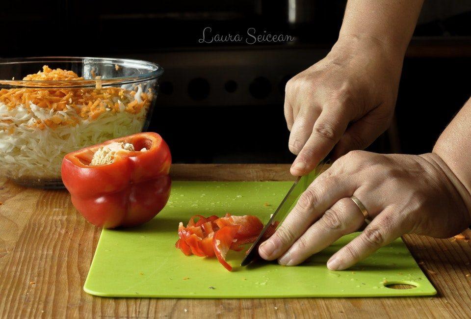 Preparare Salată coleslaw 4