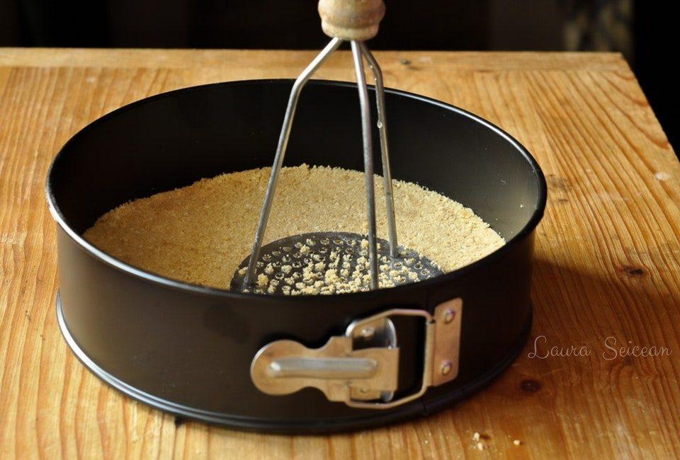 Preparare Tarta de lămâie cu bezea 3