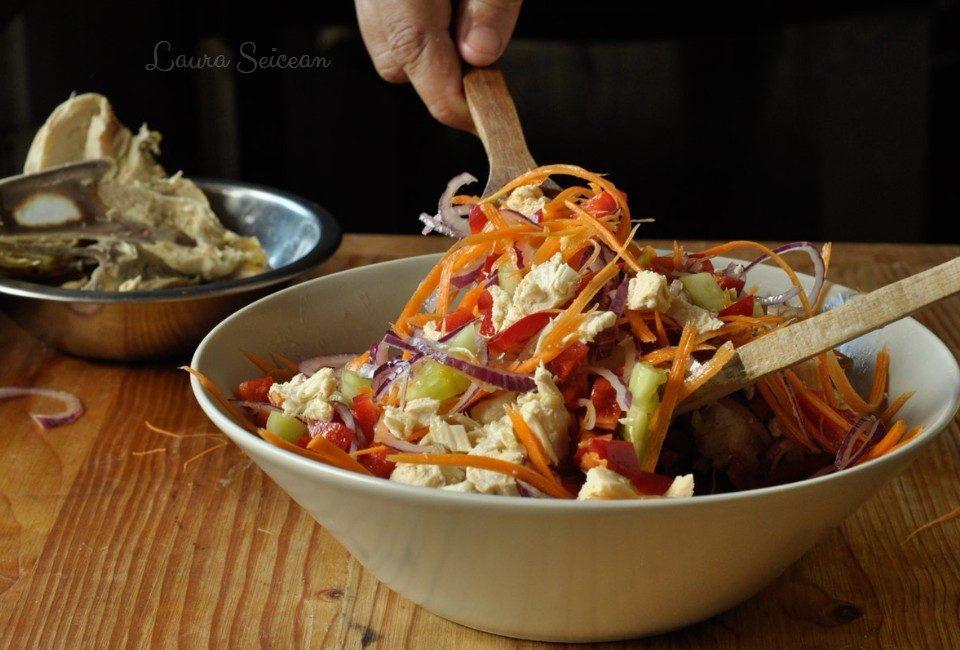 Preparare Salată cu piept de pui și legume 14