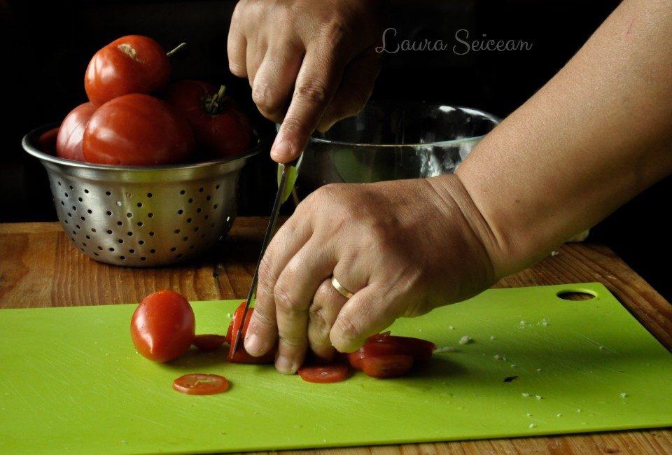 Preparare Pizza la tigaie 5