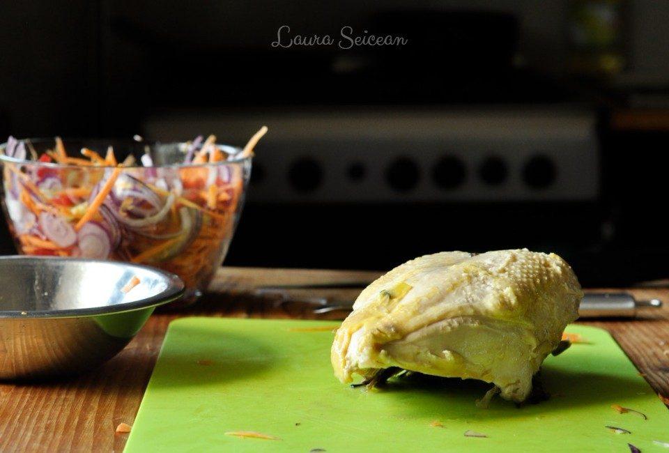 Preparare Salată cu piept de pui și legume 3