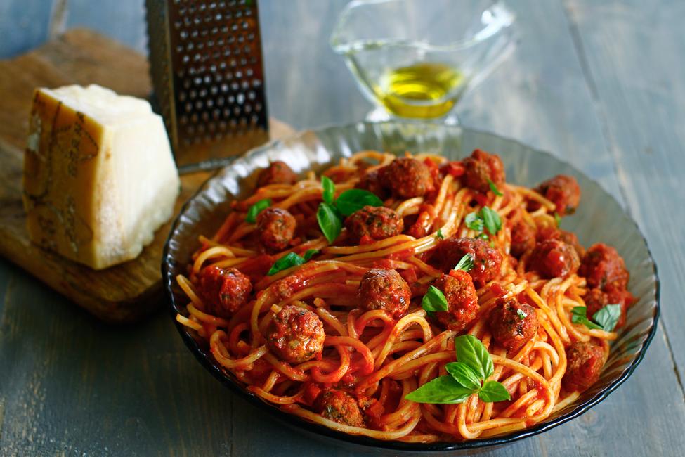Spaghete cu chifteluțe - rețeta de spaghetti con le polpettine