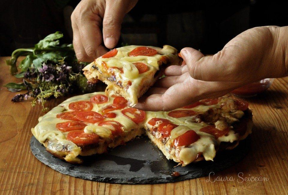 Pizza la tigaie reteta rapida pas cu pas