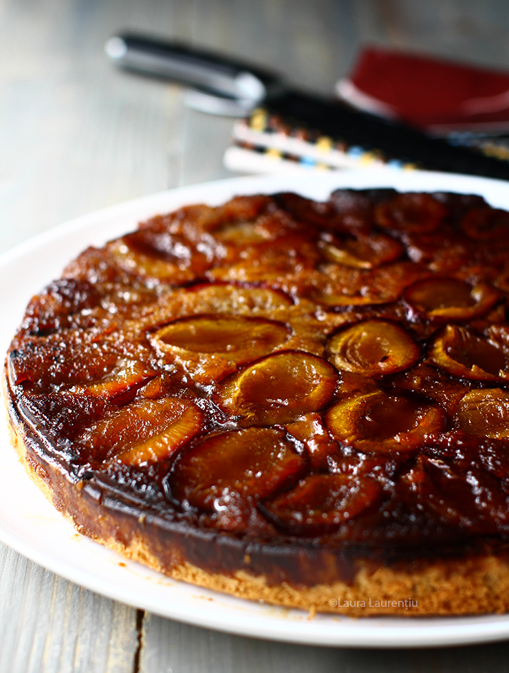 prajitura rasturnata cu prune reteta laura laurentiu reteta prajitura rasturnata cu prune si zahar ars