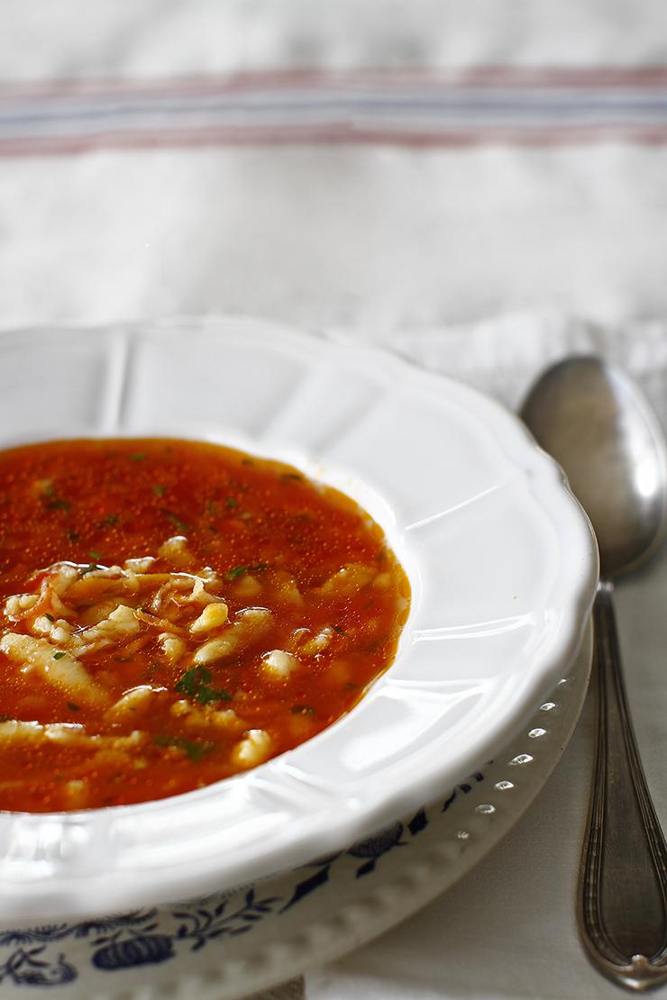 supa de rosii cu paste de casa tarhana reteta pas cu pas