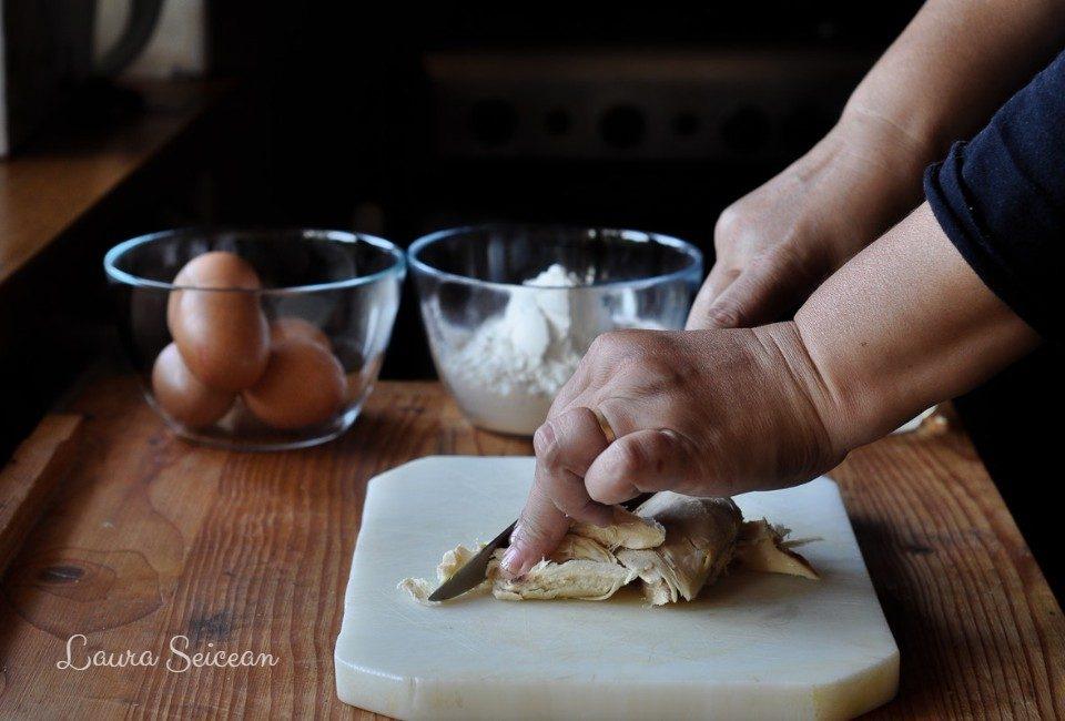 Preparare Brioșe aperitiv cu piept de pui 1