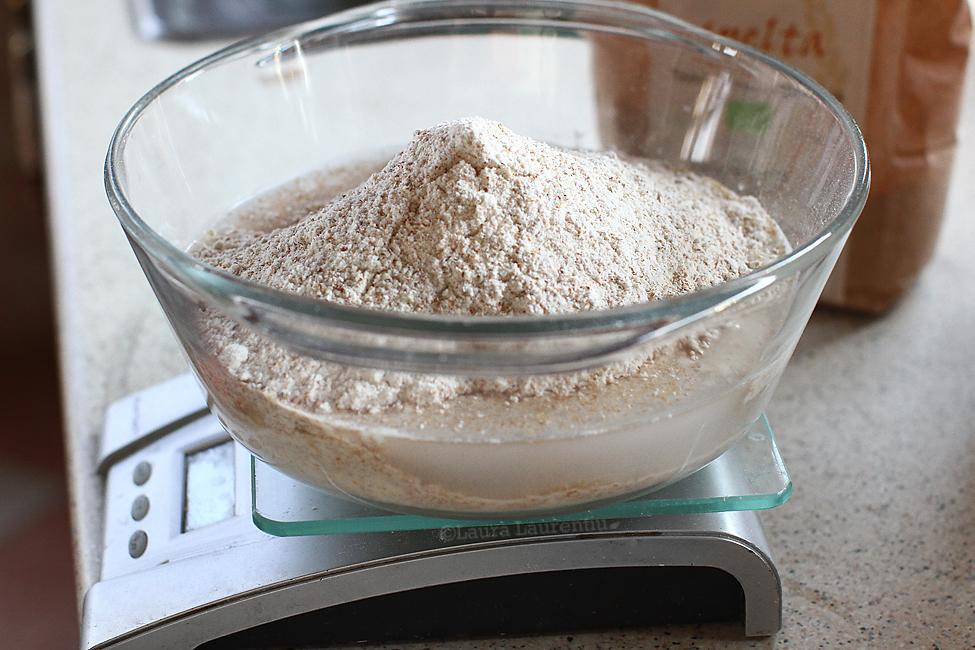 cantarire ingrediente paine cu maia naturala si spelta