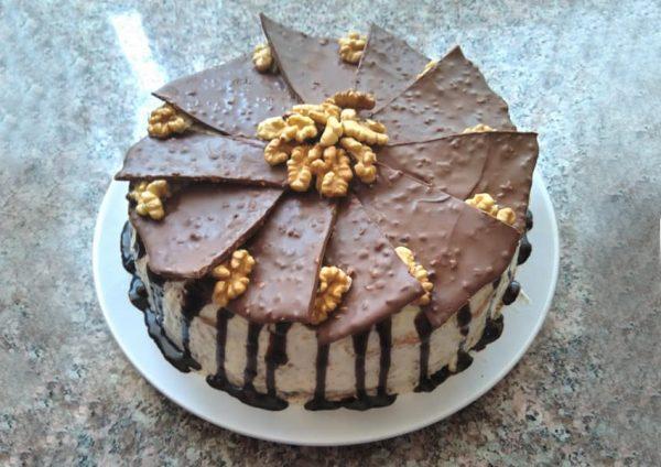Tort cu nucă și ciocolată făcut de Angela Moraru