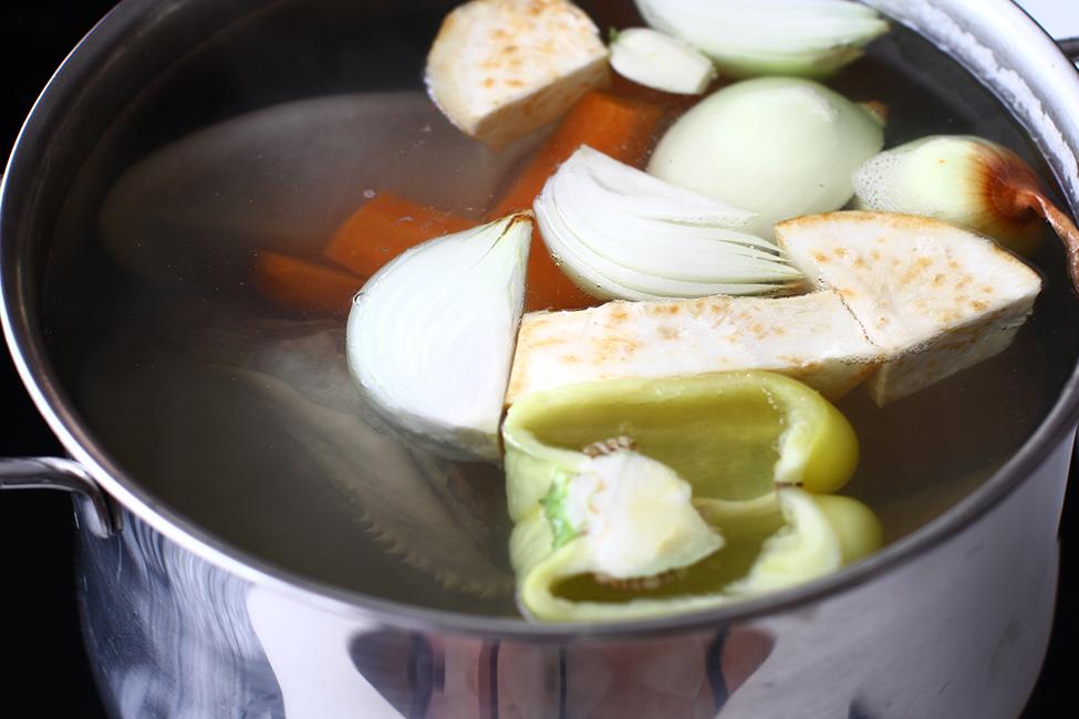limba cu masline si sos de rosii fierberea limbii cu legume