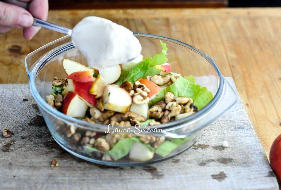 Preparare Salata Waldorf 8