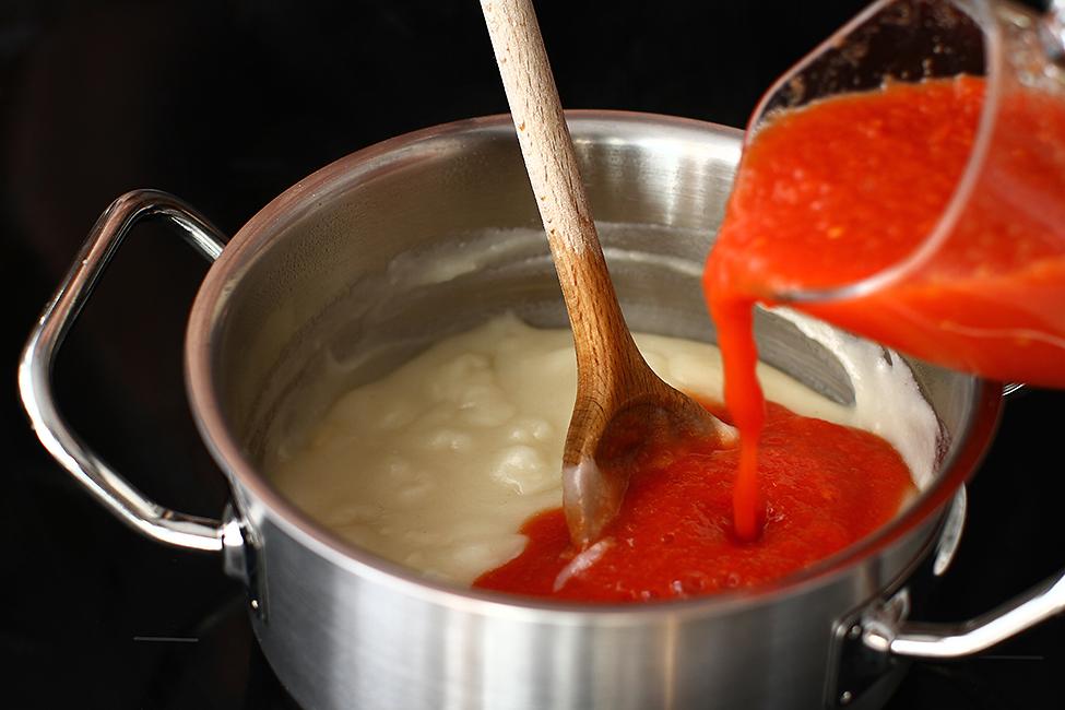 sos de rosii clasic mod de preparare reteta sos de rosii