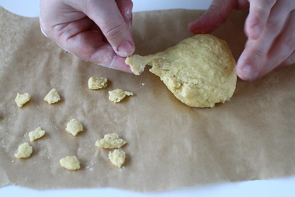 galustele csipetke specifice pentru gulas unguresc reteta pas cu pas gulas de vitel cu galuste si cartofi