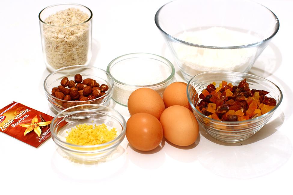 ingrediente blat cu nuca si fructe uscate prajitura curcubeu regenbogen schnitte reteta