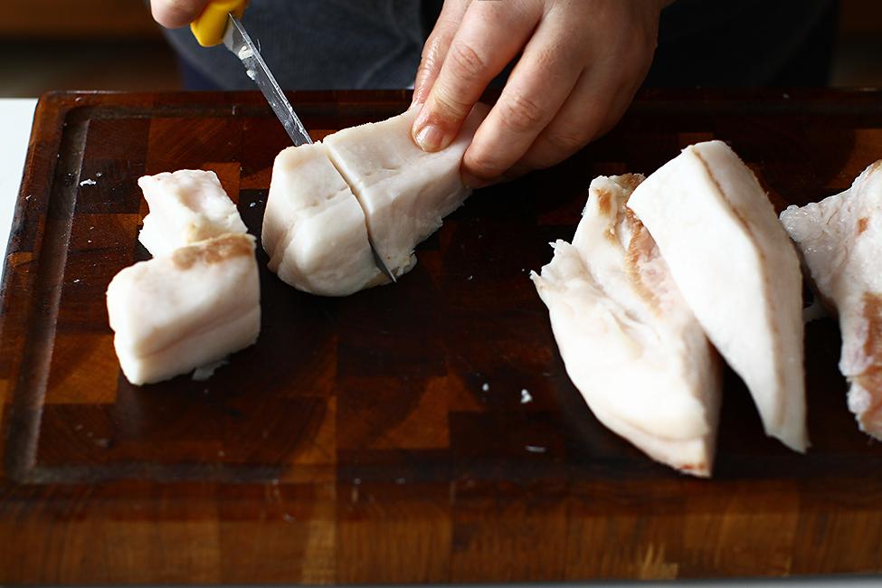 jumari si untura de porc facute in casa reteta pas cu pas taiere slanina cruda