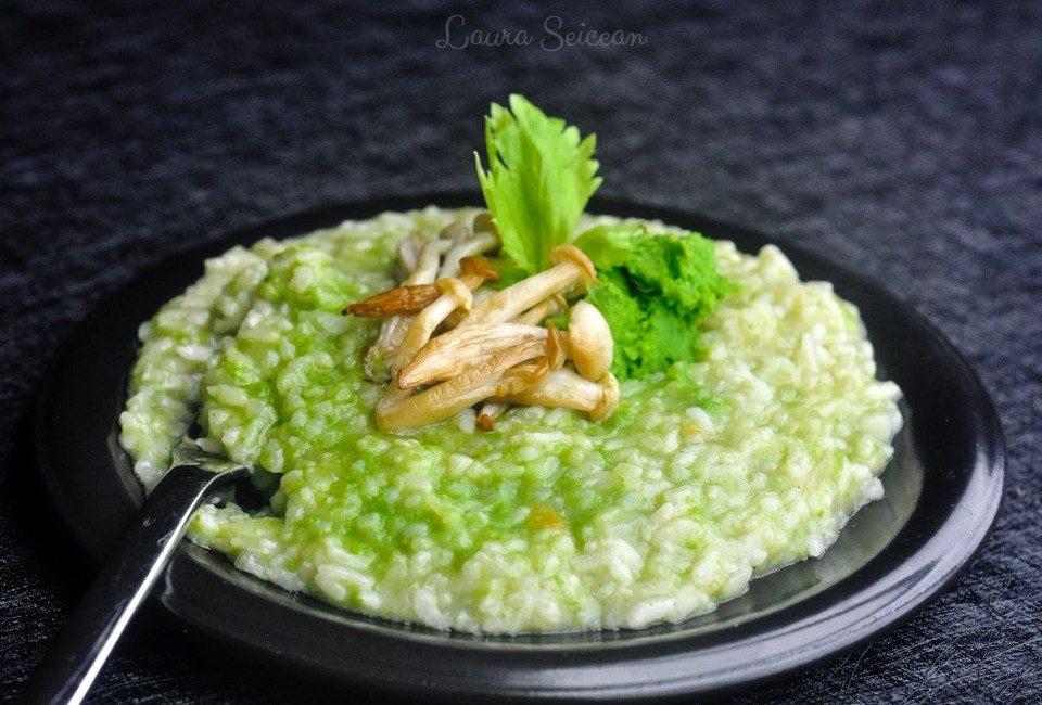 risotto cu orez, ciuperci și piure de mazăre