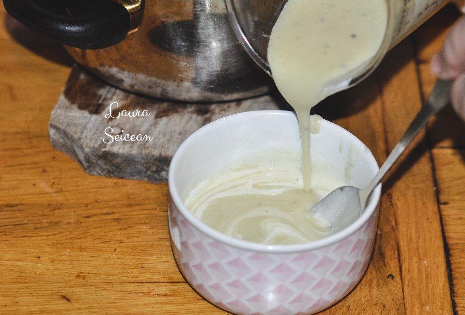 Preparare Supa-cremă de usturoi cu cartofi 12