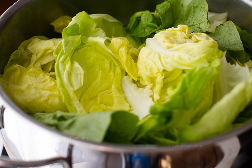 fierbere salata verde pentru ciorba de salata