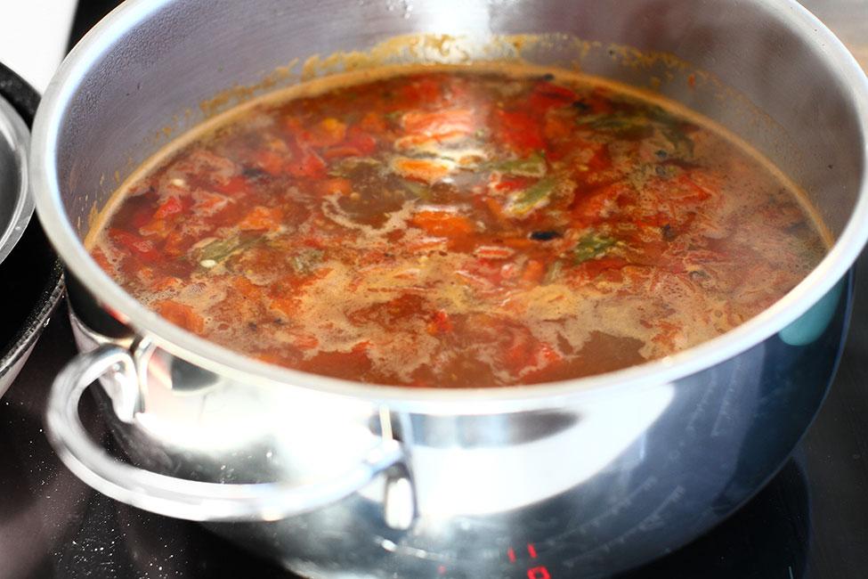 lichidul aromat cu legume pentru saramura de peste