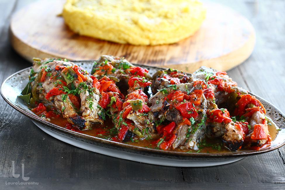 Saramură de pește fript pe grătar sau pe sare - saramură de crap