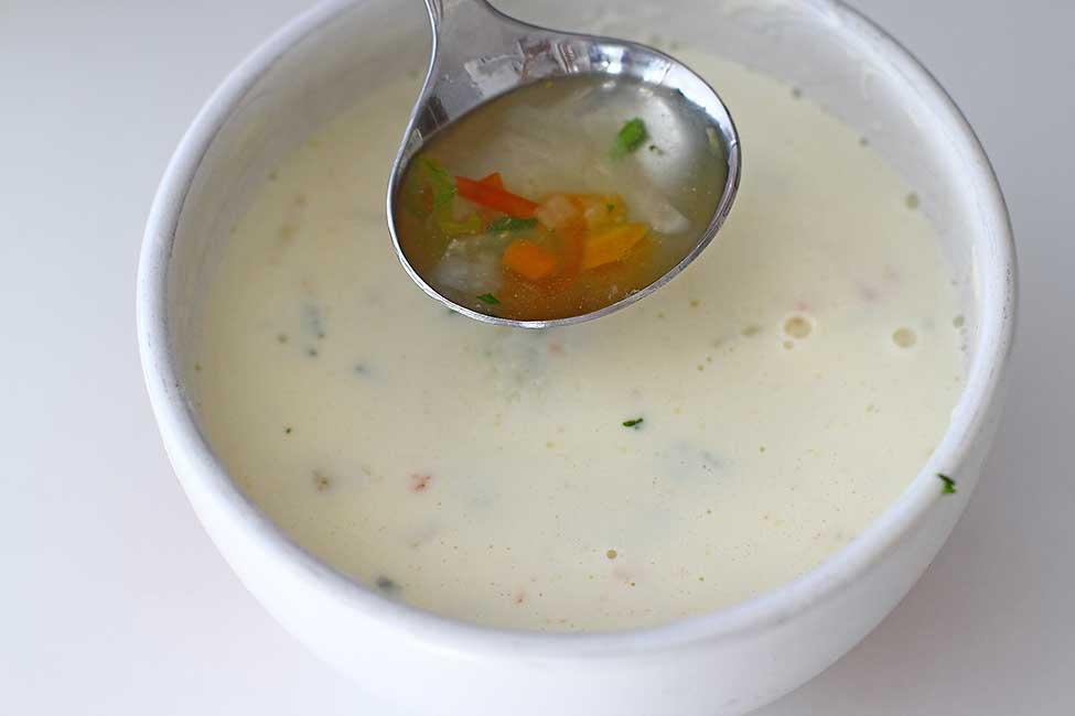 cum se drege cu smantana o supa sau ciorba