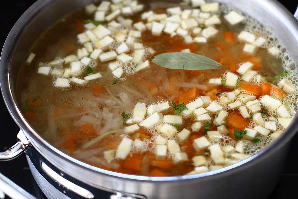 preparare supa de gulii reteta ciorba de gulii
