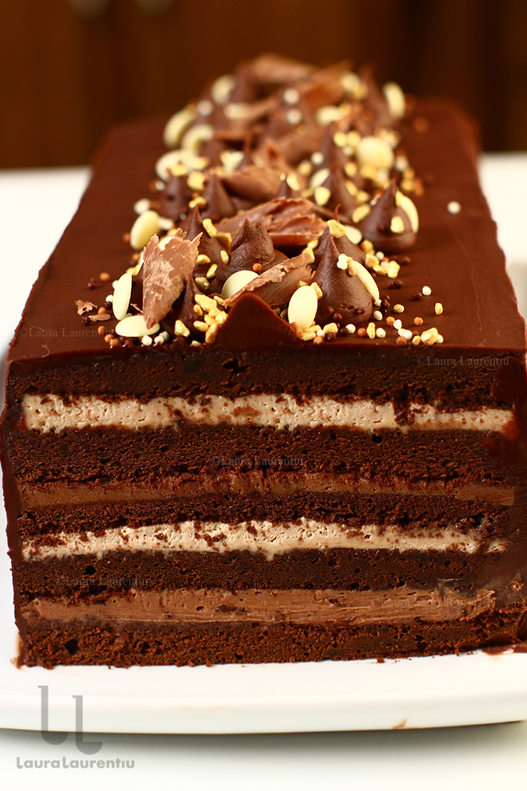 tort indragostit de ciocolata tort cu ciocolata cu crema de ciocolata tort cu blat umed de ciocolata reteta video