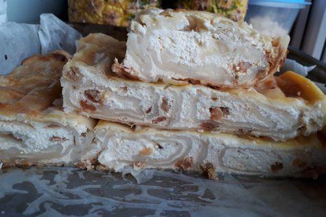 Burek cu brânză dulce încercat de Mihaela Stanciu