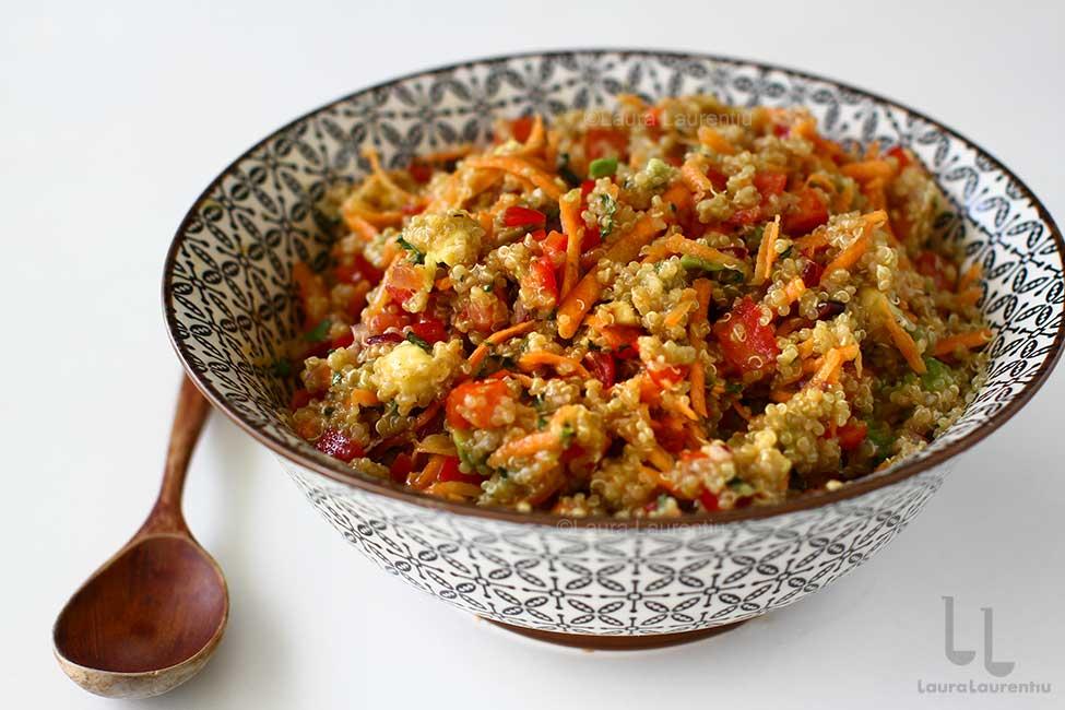 salata de quinoa cu cruditati reteta cum se face o salata de quinoa
