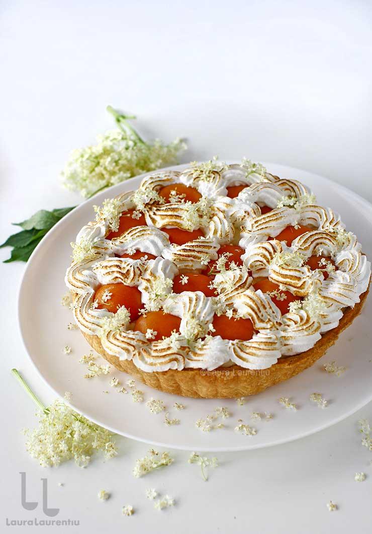 tarta cu caise si crema cu flori de soc reteta pas cu pas lauralaurentiu