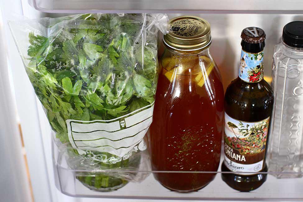 pastrare verdeturi in frigider