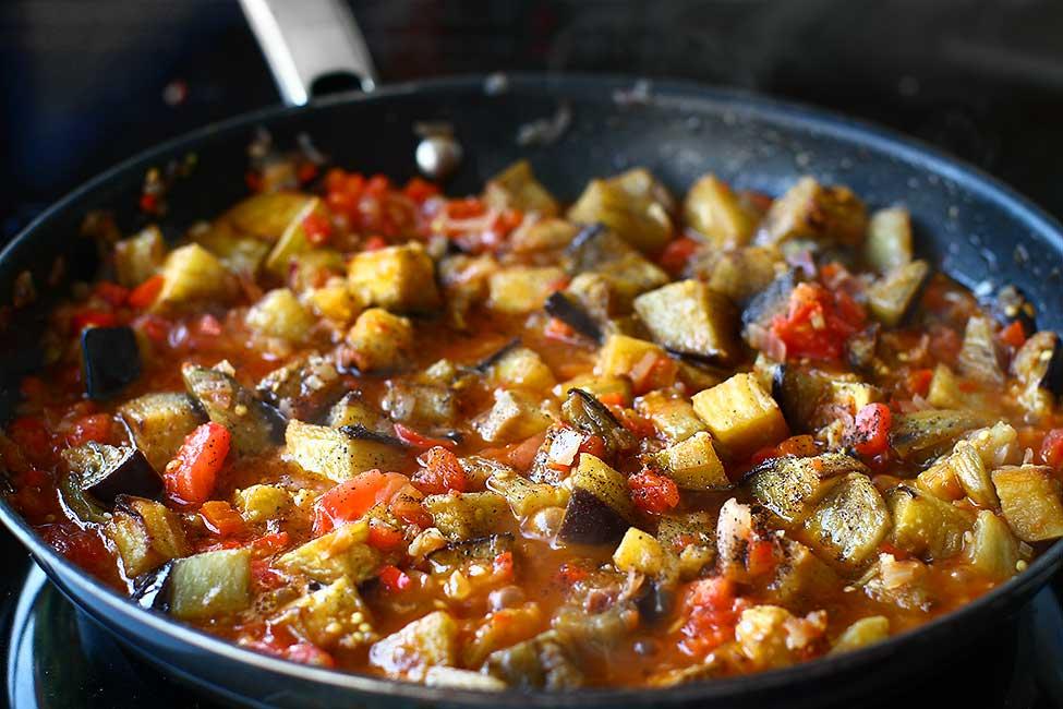 mancare de vinete Soslu patlıcan reteta