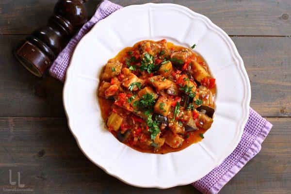 mancare de vinete cu sos de rosii si usturoi reteta mancare de vinete turceasca soslu patlıcan reteta laura laurentiu