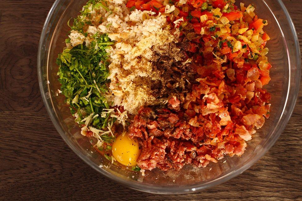 ingrediente rulada de carne tocata cas de carne in bacon