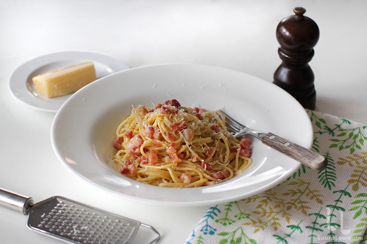 Spaghete Carbonara - rețeta autentică italiană