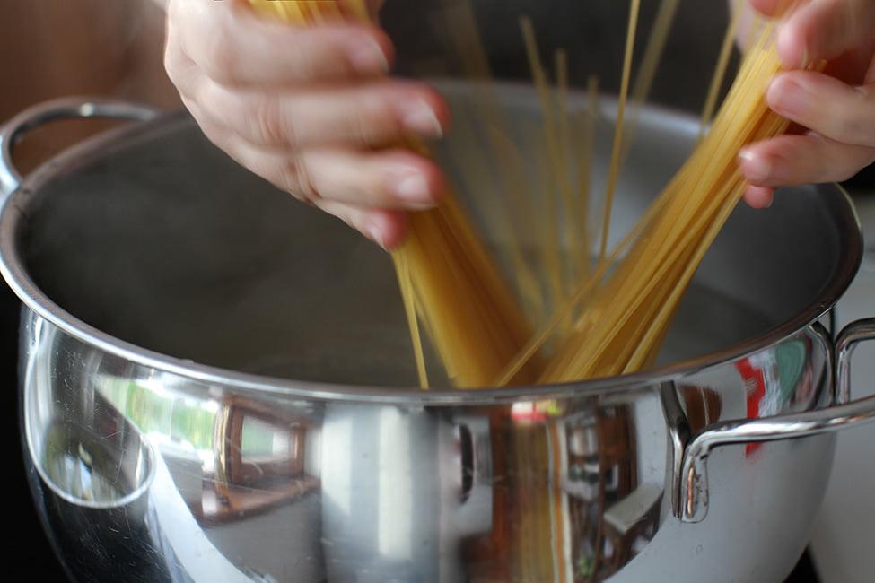 spaghetele la fiert