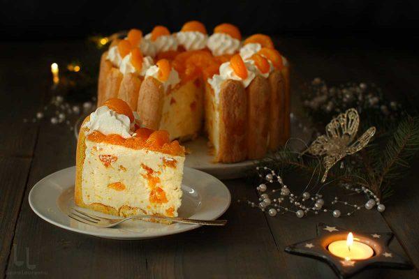 tort cu mandarine sau portocale sectiune tort charlotte russe reteta laura laurentiu