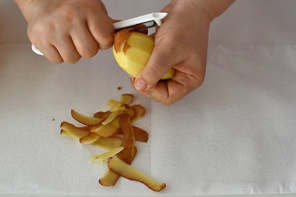 curatarea cartofilor