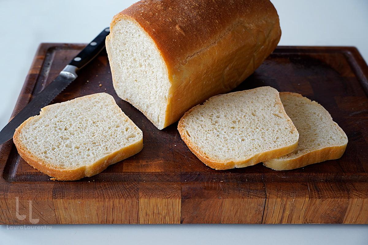 Pâine simplă de casă - cea mai ușoară rețetă