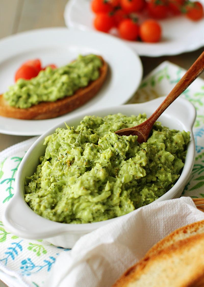 salata de broccoli cu maioneza de post reteta pas cu pas