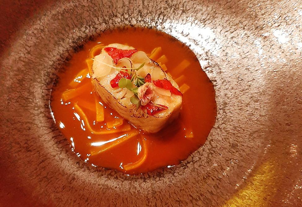 supa de sturion de dunare cu taitei de galbenus